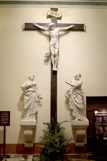 crucifix small